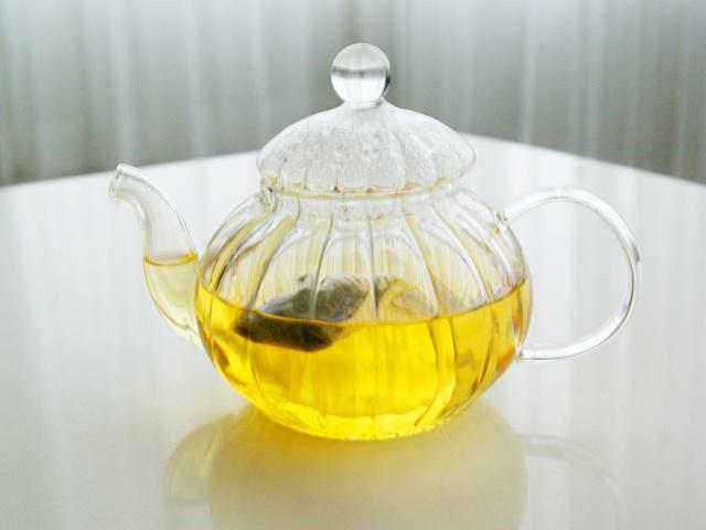 ゾネントア,月のお茶,新月のお茶10分蒸らした状態