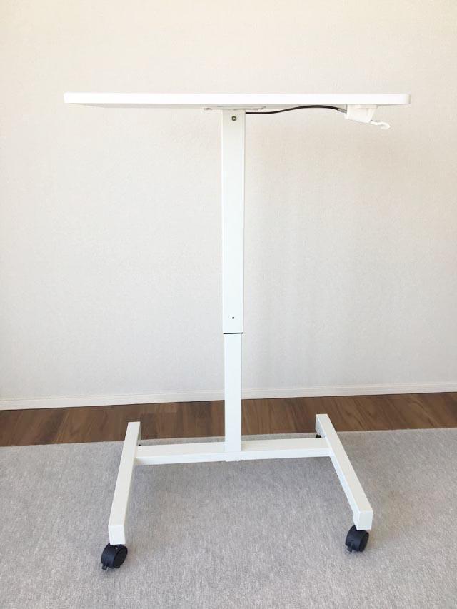 スタンディングデスク,昇降式テーブル,キャスター付き,114cmの高さ,一番高くした状態
