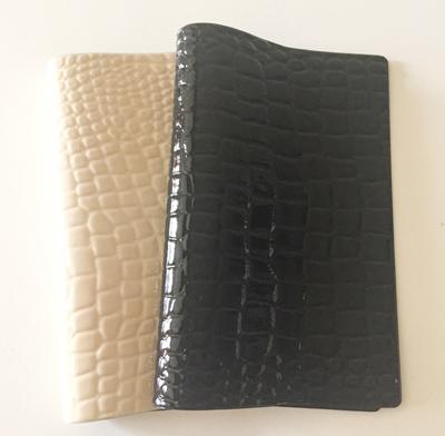 エトランジェ ディ コスタリカ,ポケットサイズ,ベージュと黒の厚手用のノートカバー,