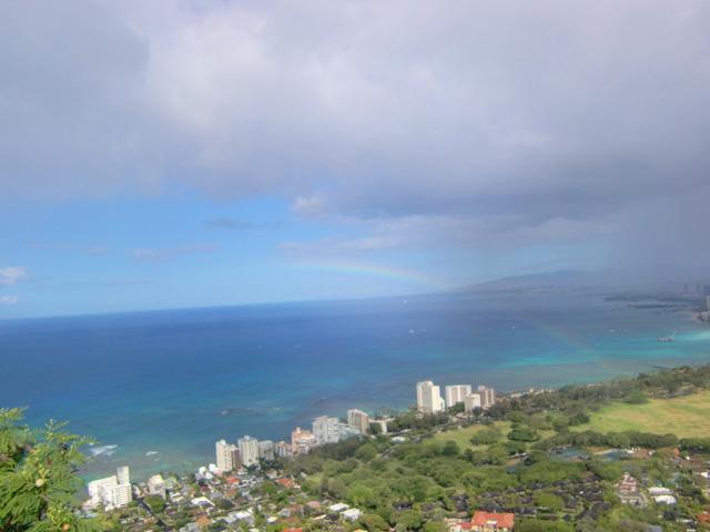 ダイヤモンドヘッド,頂上から海が見える,ハワイ