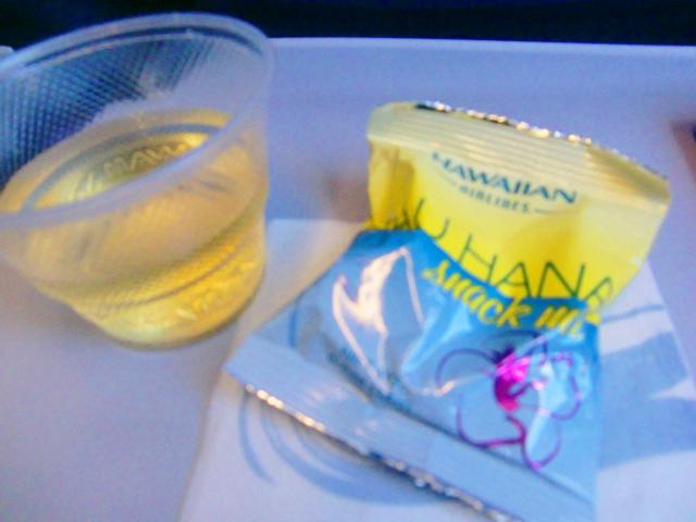 ハワイアン航空,機内食,お菓子とお茶
