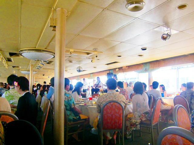スターオブホノルル号,ハワイ,サンセットクルーズ,船内の様子