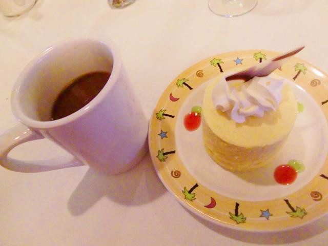 スターオブホノルル号,ケーキ