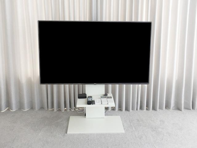 テレビスタンド,おしゃれ,白,壁寄せスタンド,おしゃれなリビング,